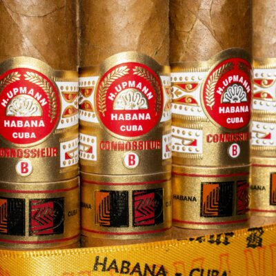 Lcdh H  Upmann Connoisseur B Box Of 25 2