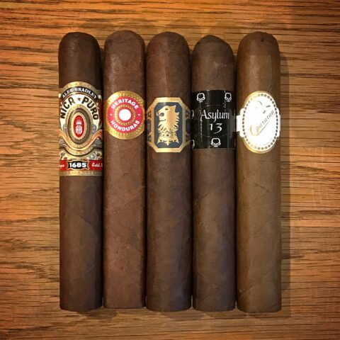 New World Robusto Sampler 5 Cigars
